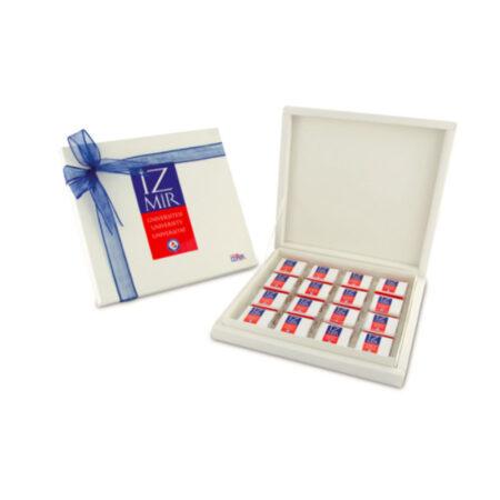 Karton Kutuda Logolu Çikolata